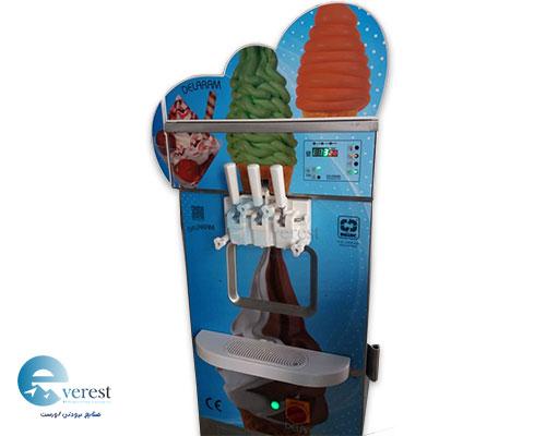 بستنی قیفی ساز نیک نام